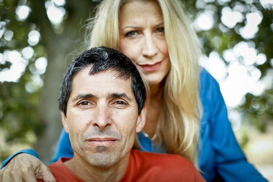 Michael and Carole Santos were married while he was in federal prison serving a 45-year sentence for drug trafficking. He  is now in  a halfway house in S.F. Photo: Russell Yip, The Chronicle
