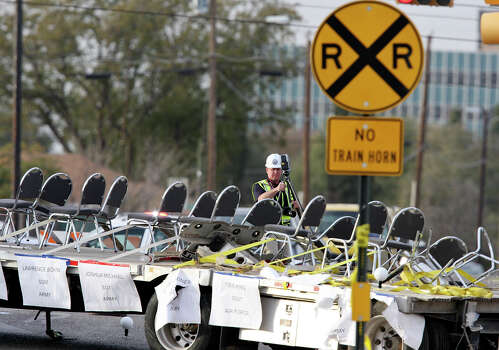 This is the parade float that was involved in the deadly collision with the UP train. Photo: Edward A. Ornelas, San Antonio Express-News / © 2012 San Antonio Express-News