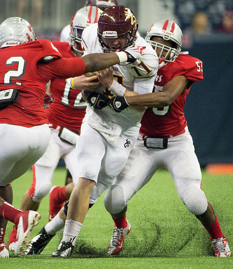 Deer Park quarterback Connor Means is tackled. Photo: Smiley N. Pool, Houston Chronicle / © 2012  Houston Chronicle