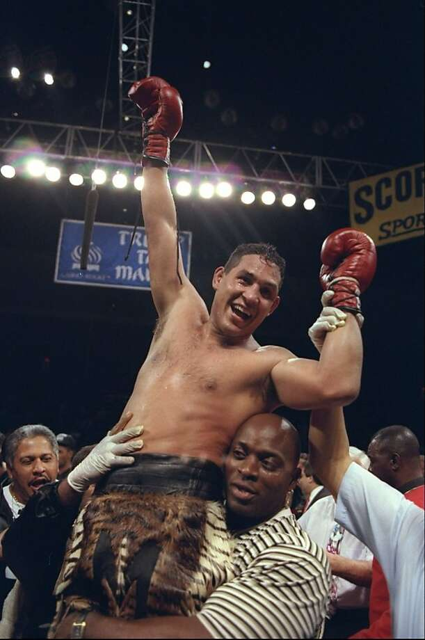 "It was reported that ex-boxer Hector ""Macho"" Camacho died after being taken off life support following a gun shot wound to the face November 24, 2012 in San Juan, Puerto Rico. 22 Jul 1996: Hector Camacho celebrates after defeating Roberto Duran after the Hector Macho Camacho v Roberto Duran bout at the Trump Taj Mahal in Atlantic City, New Jersey. Photo: Al Bello, Getty Images"