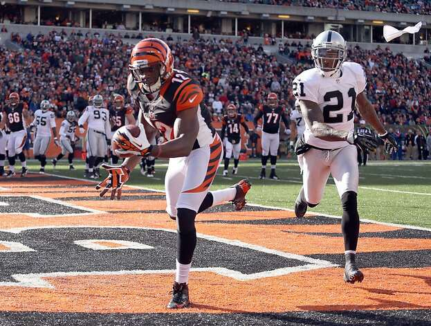 CINCINNATI, OH - NOVEMBER 25: Mohamed Sanu #12  of the Cincinnati Bengals catches a touchdown pass during the NFL game against the Oakland Raiders at Paul Brown Stadium on November 25, 2012 in Cincinnati, Ohio.  (Photo by Andy Lyons/Getty Images) Photo: Andy Lyons, Getty Images
