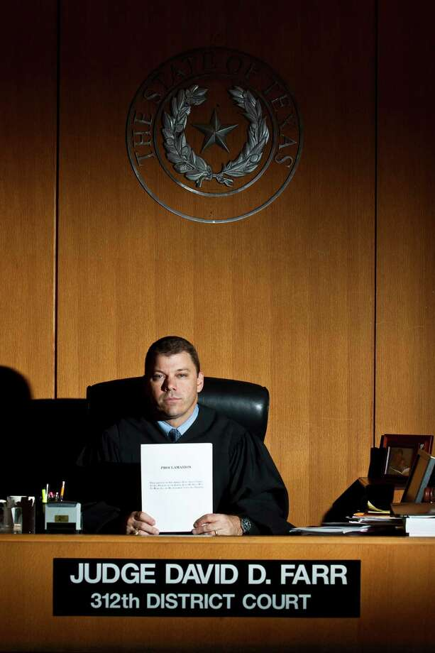 State District Judge David Farr, administrative judge for Harris County's family courts, said some progress in emptying out the Family Law Center is better than no progress. (Eric Kayne/For the Chronicle) Photo: Eric Kayne, Freelance / © 2011 Eric Kayne
