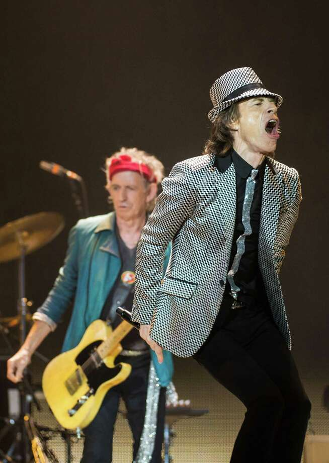 LONDON, ENGLAND - NOVEMBER 25: (STRICTLY EDITORIAL USE ONLY) Keith Richards and Mick Jagger of The Rolling Stones perform live at 02 Arena on November 25, 2012 in London, England. Photo: Ian Gavan, Getty Images / 2012 Getty Images