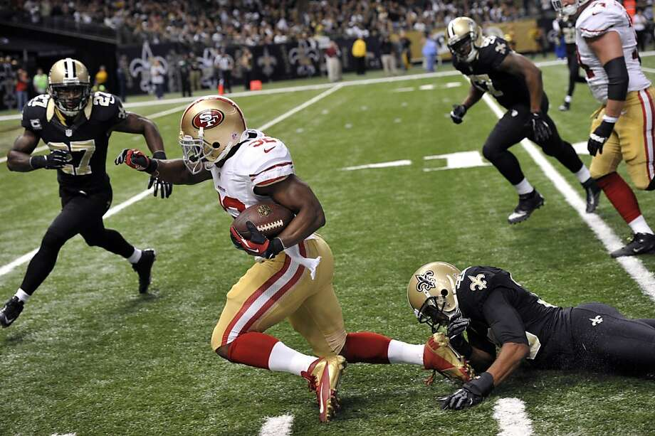 San Francisco 49ers running back Kendall Hunter (32) carries in the second half of an NFL football game against the New Orleans Saints at the Louisiana Superdome in New Orleans, Sunday, Nov. 25, 2012. Photo: Bill Feig, Associated Press