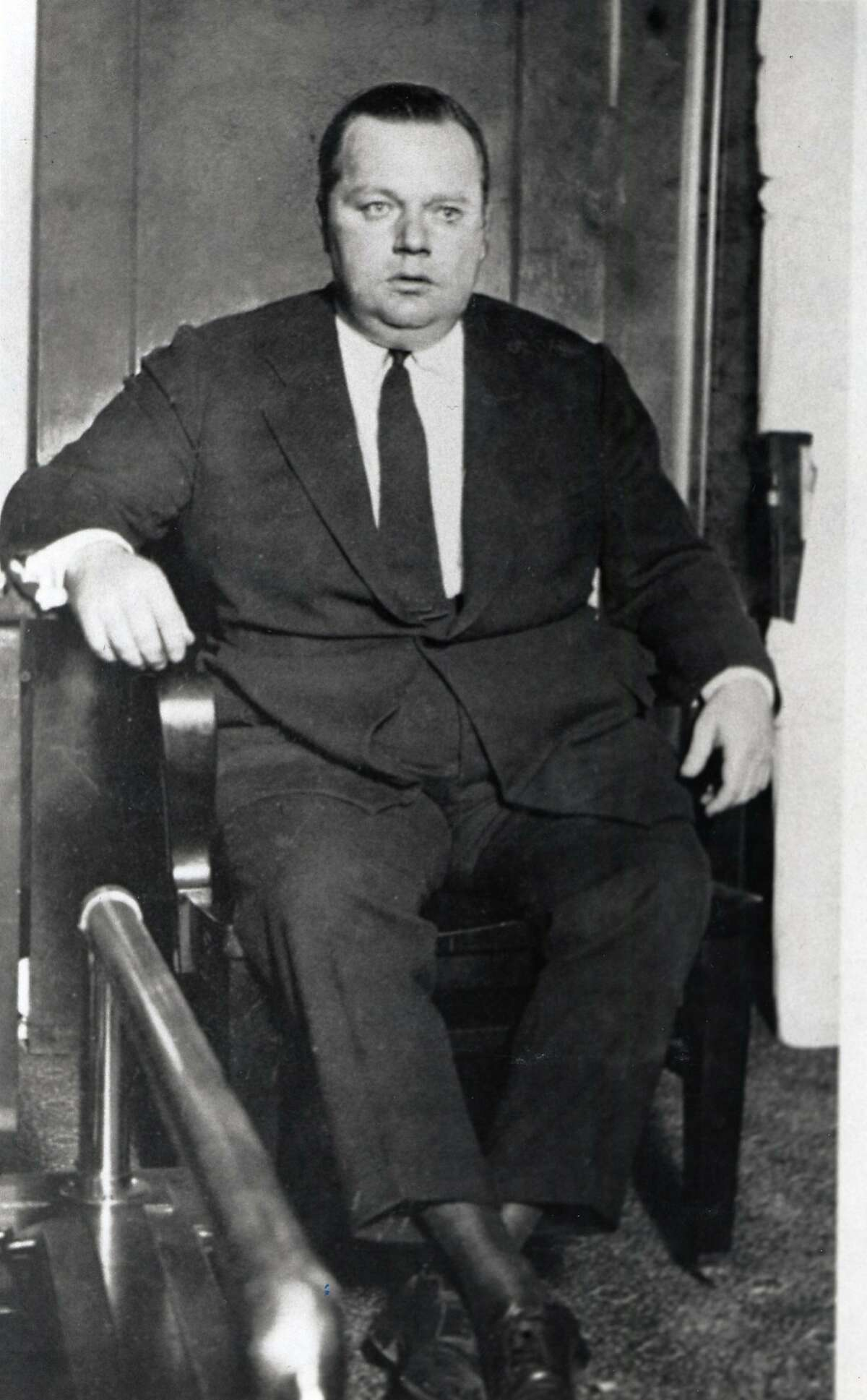 Fatty Arbuckle on the witness tand at one of his trials.