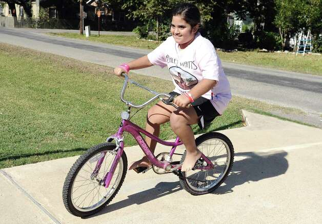 Nederland resident Ashley Watts, 10,  had a benefit held for her on Sunday, November 18, 2012 to raise money and awareness for Watts'  condition and her much needed bone marrow transplant. Photo taken: Randy Edwards/The Enterprise Photo: Randy Edwards