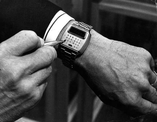 The first combined computer-calculator and wristwatch to be produced, known as 'Pulsar,' is shown on September 5, 1977 at the International Watch and Jewellery Trades Fair at Wembley, London. Photo: Malcolm Clarke, Getty Images / Hulton Archive