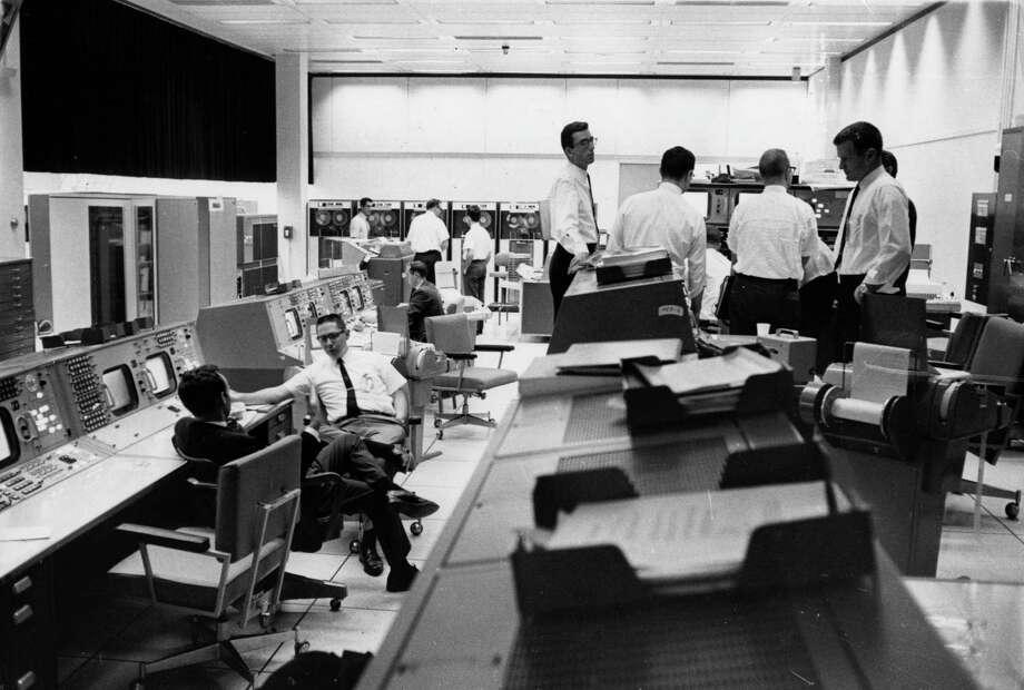 NASA mission control computer complex, circa 1966. Photo: Nocella, Getty Images / Hulton Archive