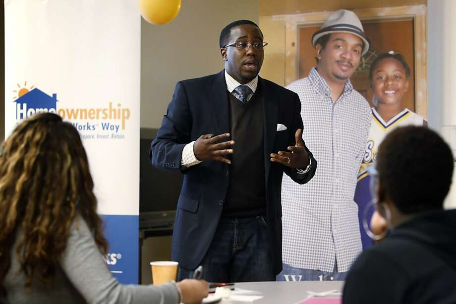 Clyde Anderson makes a presentation on homeownership for the Unity Council at Oakland's Fruitvale Senior Center on Nov. 20. The Unity Council will administer the Wells Fargo down-payment grants. Photo: Carlos Avila Gonzalez, The Chronicle