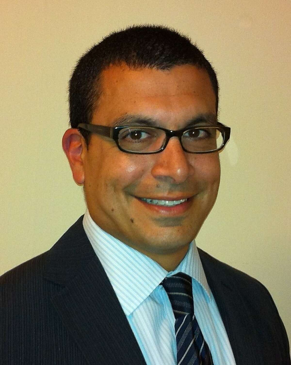 Dr. Mark Saleh, a neurologist and director of General Neuroconsultive and Referral Service at CPMC.
