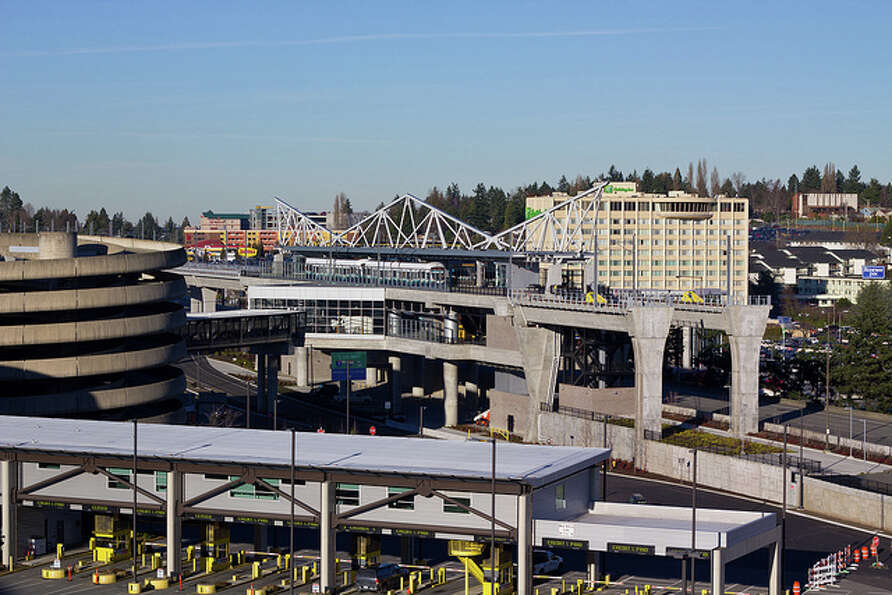 2. SeaTac: Non-Hispanic whites account for 39.0 percent of the city's population.