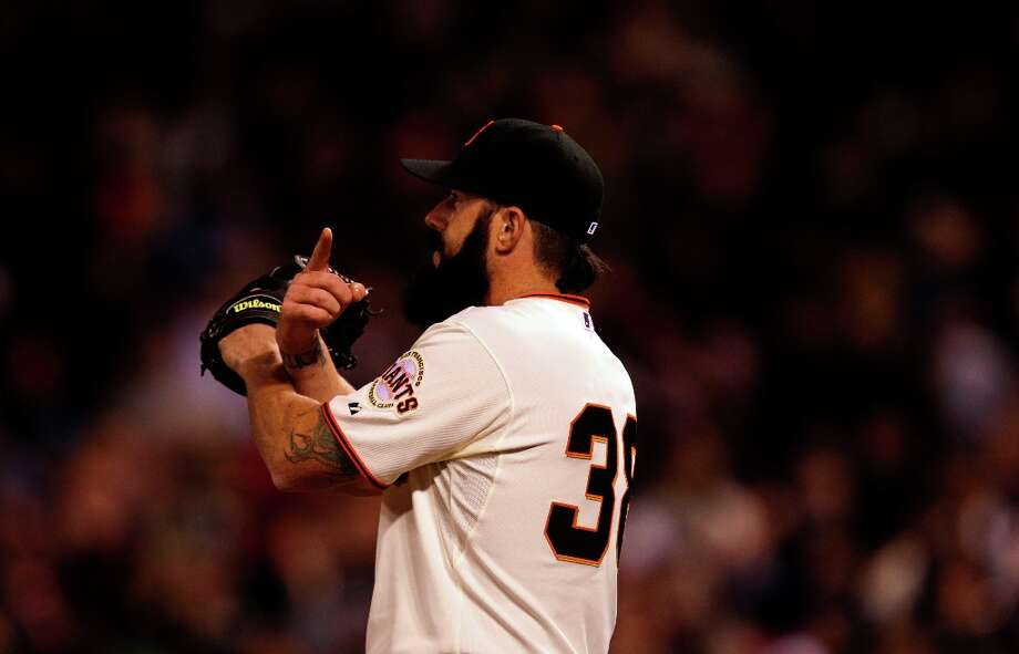 Giants pitcher Brian Wilson closes out the ninth inning as the San Francisco Giants beat the Los Angeles Dodgers at AT&T Park on Tuesday. Photo: Michael Macor, The Chronicle / SFC