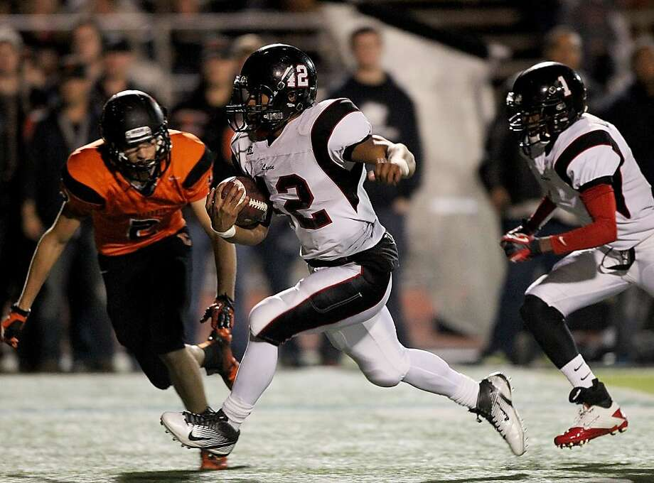 James Logan running back Warren Miles Long, who says he'll play for Northwestern next year, has run for 1,900 yards. Photo: Dennis Lee, MaxPreps.com