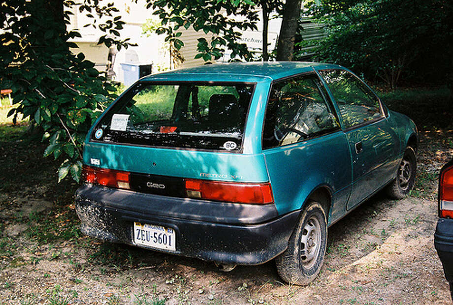 A 1993 Geo Metro XFI would rival a recently made hybrid. The car got 52 mpg on the highway, 43 on city roads and 47 combined. (Photo:martypurks, Flickr) Photo: .