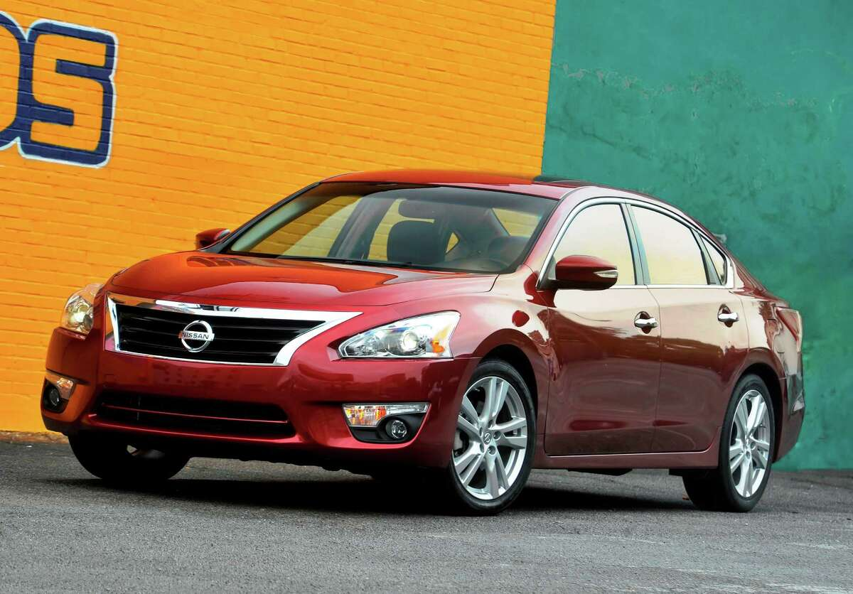 Better: The 2013 Nissan Altima gets better fuel economy than it did 20 years ago. The car gets 38 mpg on the highway, compared to 27 mpg in 1993.