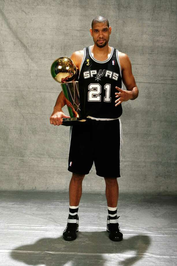 With $500 million you could pay San Antonio Spur Tim Duncan's $9.64 million salary for 51 years. Photo: NBAE/Getty Images / 2007 NBAE