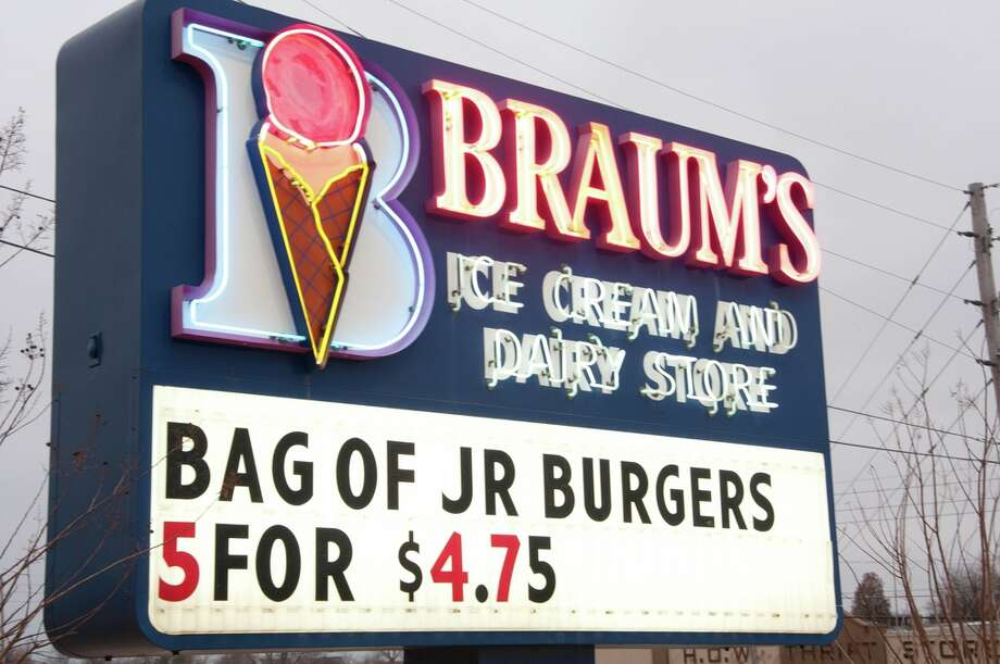 """One place that my kids and I enjoy when we are up in the DFW area is Braum's. Their ice cream is really good and very reasonable. The closest location is in Ennis, TX, I think. It would be nice to have an ice cream shop to go to other than Dairy Queen, and we do like Dairy Queen. Marble Slab, Coldstone, Ben & Jerry's, and even Baskin Robbins are too expensive...."" - taimgxeCredit: Pocheco/Flickr Creative Commons Photo: Flickr Creative Commons"