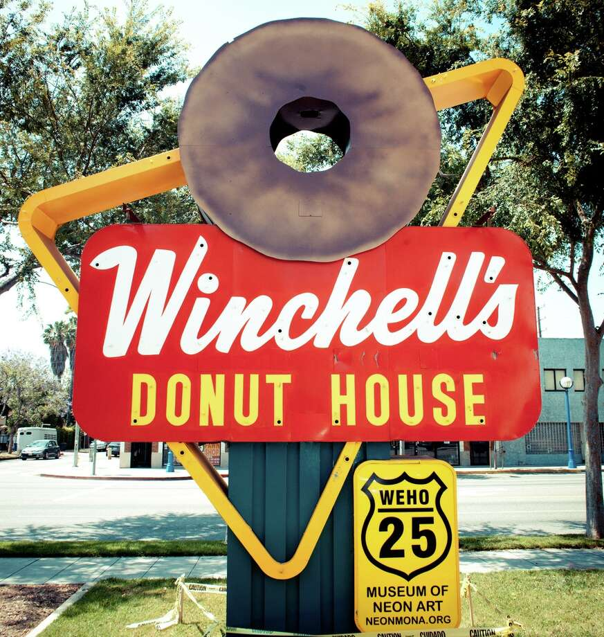 """Winchells Donuts and Uno's Chicago Grill"" - ARFSTER Credit: Thomas Hawk/Flickr Creative Commons Photo: Flickr Creative Commons"