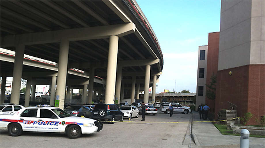 The scene at Interstate 10 near McKee on Tuesday, Nov. 27, 2012. | James Nielsen / Houston Chronicle Photo: .