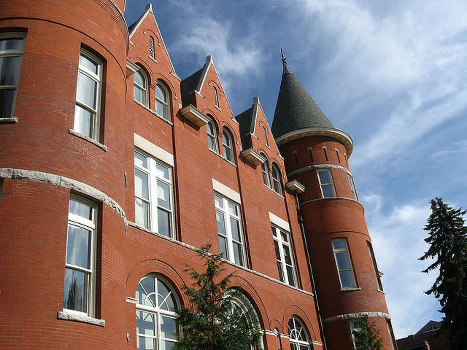 3. Pullman: 67.6 of this city's residents 25 years old or older have obtained a bachelor's degree. Photo: /