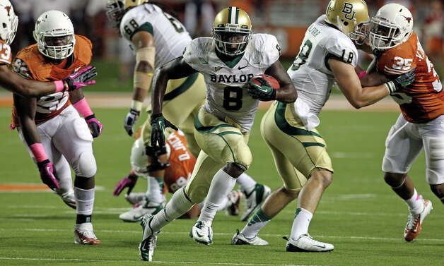 Glasco Martin breaks through for the Bears in the second half as Texas hosts Baylor at Darrell K Royal - Texas Memorial Stadium Stadium  on Oct. 20, 2012. Photo: Tom Reel, San Antonio Express-News / ©2012 San Antono Express-News