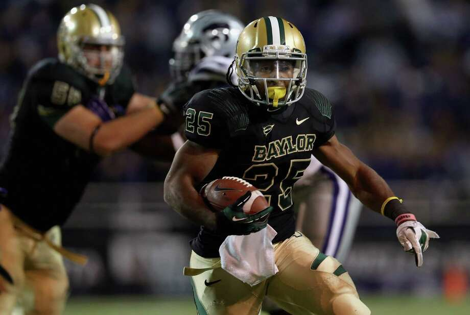 Lache Seastrunk #25 of the Baylor Bears at Floyd Casey Stadium on Nov. 17, 2012, in Waco. Photo: Ronald Martinez, Getty Images / 2012 Getty Images