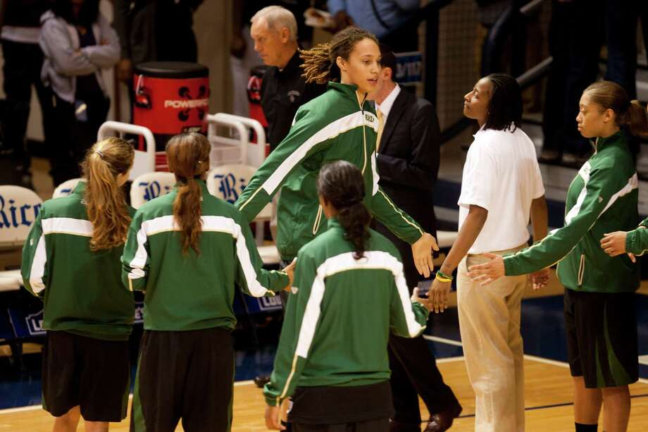 Houston native and Baylor star center Brittney Griner takes the court with her teammates before a matchup with Rice. Photo: Billy Smith II, Houston Chronicle / © 2012 Houston Chronicle