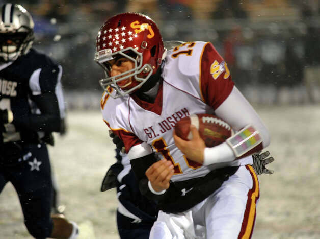 St. Joseph QB Jordan Vazzano, during Class M state football quarterfinal action against Hillhouse in East Haven, Conn. on Tuesday November 27, 2012. Photo: Christian Abraham / Connecticut Post