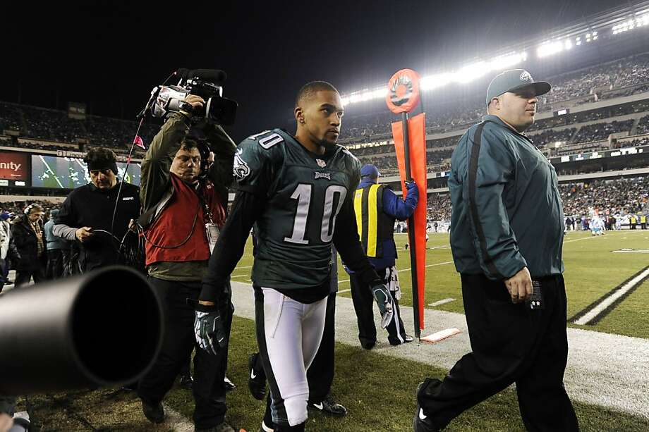 Philadelphia's DeSean Jackson walks off the field during Monday's game. The Cal alum is out for the season. Photo: Michael Perez, Associated Press
