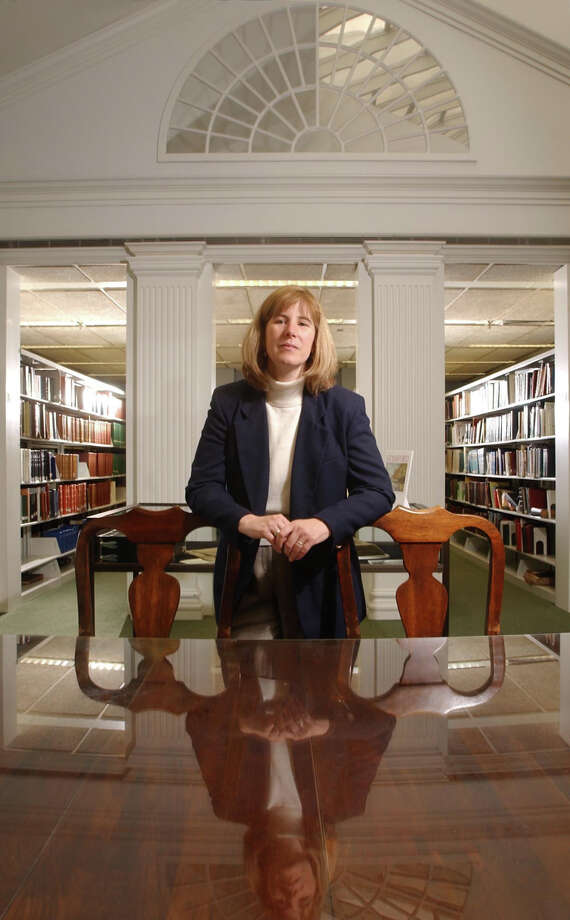 Alice S. Knapp will return to Stamford's Ferguson Library in January after four years of service in New Canaan. Andrew Sullivan/Staff photo Photo: ANDREW SULLIVAN, ST / New Canaan News file photo