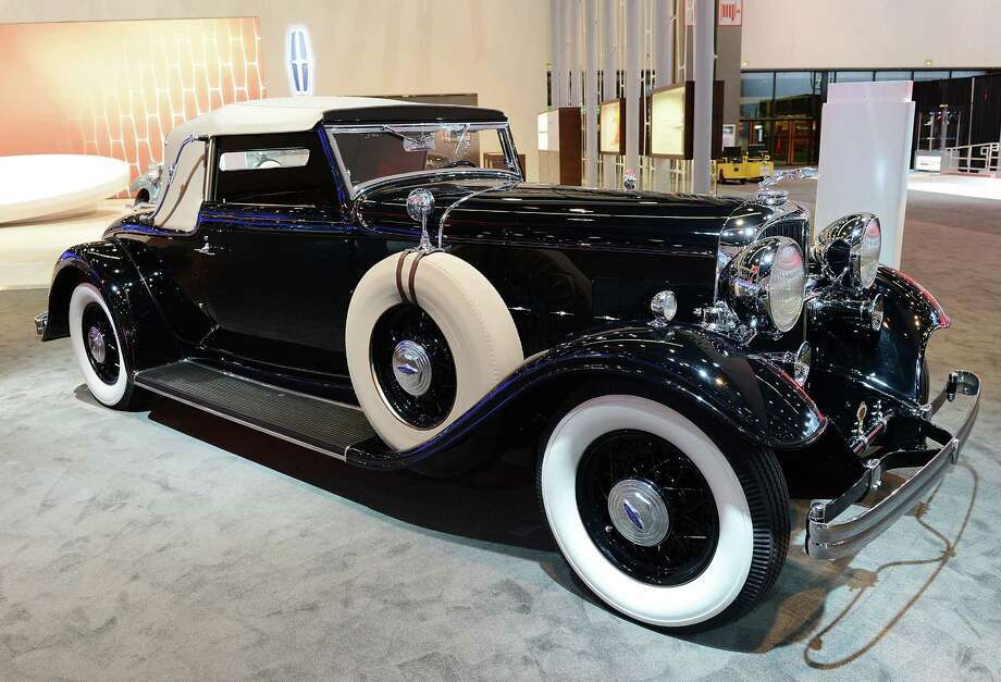 LOS ANGELES, CA - NOVEMBER 28:  1932 Lincoln KB LeBaron Convertible Roadster appears as part of Lincoln's Heritage On Display At Los Angeles Auto Show Press Day at Los Angeles Convention Center on November 28, 2012 in Los Angeles, California. Photo: Michael Kovac, Getty Images For Lincoln / 2012 Getty Images