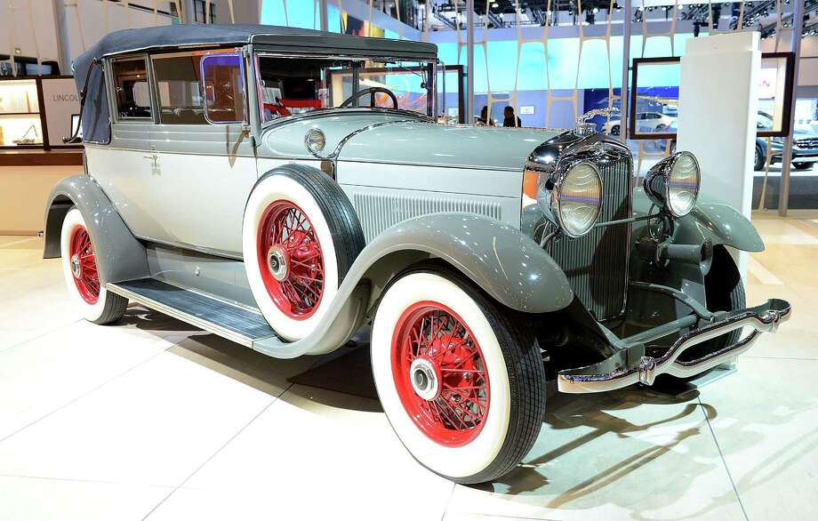 LOS ANGELES, CA - NOVEMBER 28:  1929 Lincoln L Dietrich Convertible Coupe appears as part of Lincoln's Heritage On Display At Los Angeles Auto Show Press Day at Los Angeles Convention Center on November 28, 2012 in Los Angeles, California. Photo: Michael Kovac, Getty Images For Lincoln / 2012 Getty Images