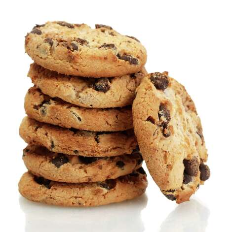Chocolate chips cookies isolated on white / Africa Studio - Fotolia