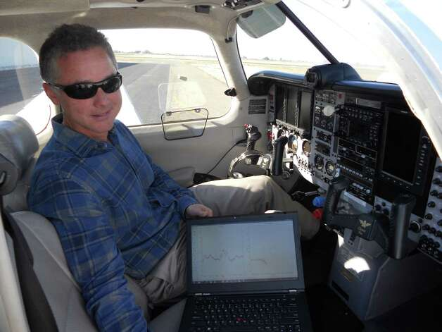 UC Davis atmospheric scientist Stephen Conley has been flying over PG&E natural gas pipelines, looking for leaks. Plumes of methane show up on the screen of his laptop. Photo: David Baker, The Chronicle / ONLINE_YES