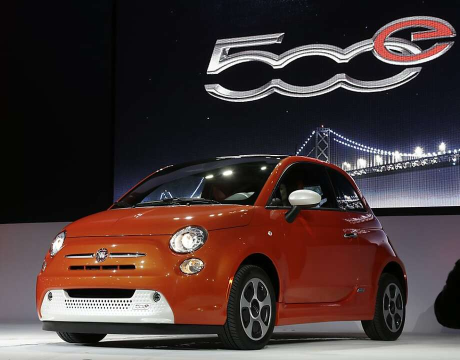 Fiat 500 is shown during its world debut at the LA Auto Show in Los Angeles, Wednesday, Nov. 28, 2012. The annual Los Angeles Auto Show opened to the media Wednesday at the Los Angeles Convention Center. The show opens to the public on Friday, November 30. Photo: Chris Carlson, Associated Press