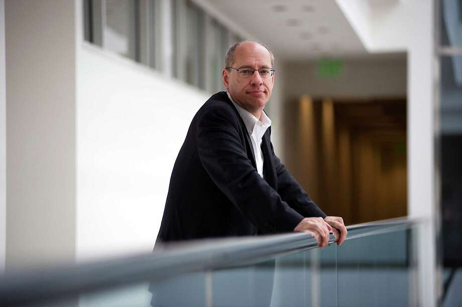 FTC Chairman Jon Leibowitz poses for a portrait in between interviews at the FTC offices in downtown San Francisco.  Thursday April 26th, 2012. Photo: Michael Short / Special To The Chronicle / ONLINE_YES