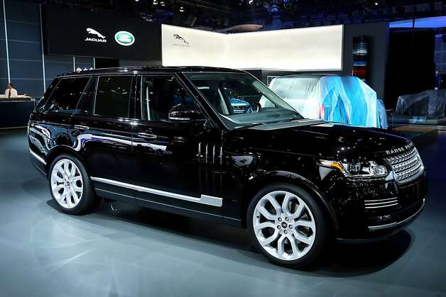 LOS ANGELES, CA - NOVEMBER 28:  The all-new Range Rover on display at the Jaguar Land Rover stand at the LA Auto Show on November 28, 2012 in Los Angeles, California. Photo: Neilson Barnard, Getty Images For Jaguar Land Rov