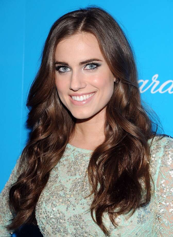 Actress Allison Williams attends the 8th Annual UNICEF Snowflake Ball at Cipriani 42nd Street on Tuesday Nov. 27, 2012 in New York. (Photo by Evan Agostini/Invision/AP) Photo: Evan Agostini, Associated Press / Invision