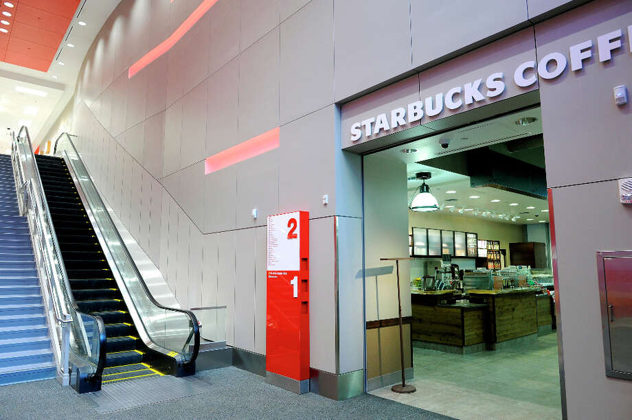 The new Starbucks in the Metreon. (SFC) Photo: Michael Short / ONLINE_YES