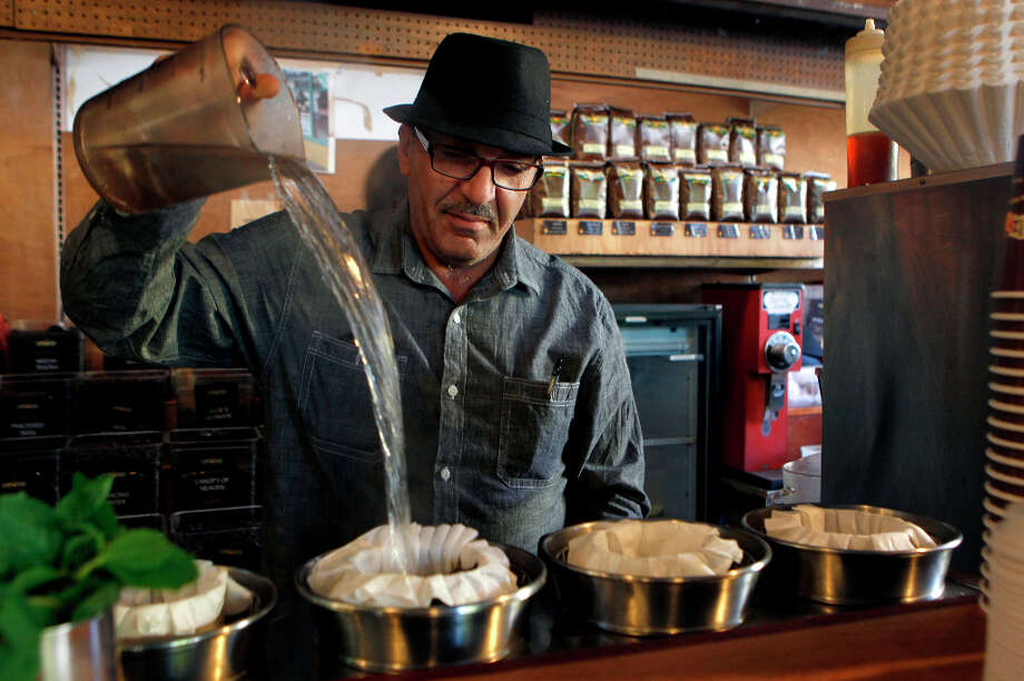 A new compromise law against chain stores in San Francisco may allow Philz Coffee, a homegrown business with 14 locations, to open new stores in the city without needing a conditional use permit. Photo: Paul Chinn / ONLINE_YES