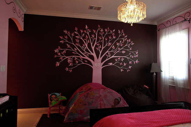 The daughter's room in the home of Reema and Naveen Kella in San Antonio on Wednesday, Nov. 28, 2012. Photo: Lisa Krantz, San Antonio Express-News / © 2012 San Antonio Express-News