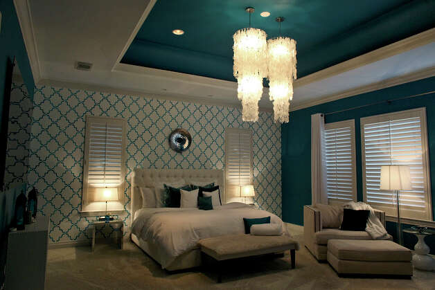 The master bedroom in the home of Reema and Naveen Kella in San Antonio on Wednesday, Nov. 28, 2012. Photo: Lisa Krantz, San Antonio Express-News / © 2012 San Antonio Express-News