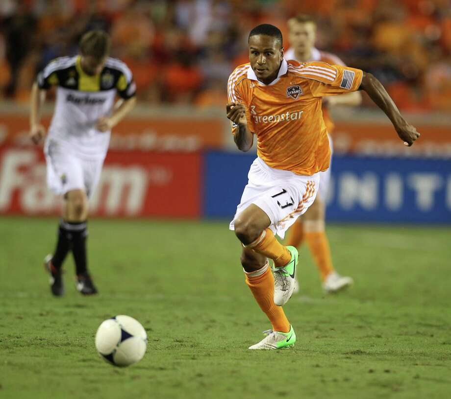 Ricardo Clark's playmaking skills could come in handy for the Dynamo in their quest to wrest the MLS Cup from the Galaxy on Saturday. Photo: Karen Warren, Staff / Houston Chronicle
