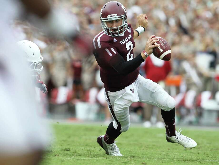 Johnny Manziel's athleticism is most evident on his frequent scrambles. Photo: Karen Warren, Staff / © 2012  Houston Chronicle