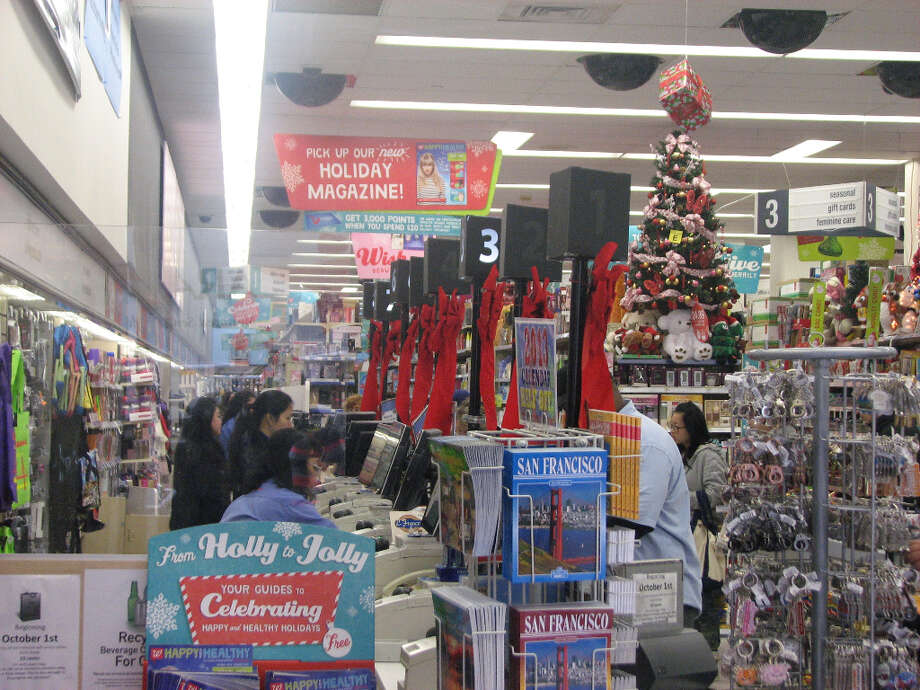 Walgreens, Nov. 26, 2012; merry and bright at the cash register line-up (Will Hearst)