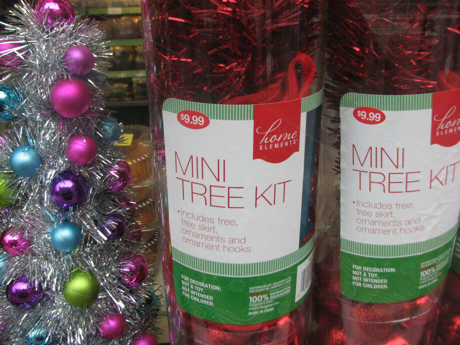 Walgreens, Nov. 26, 2012; mini-tree for middle-aged women  (Will Hearst)