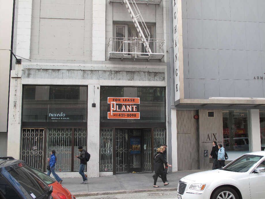 Stockton St.,  Nov. 27, 2012; not much merriment, a storefront in the heart of downtown shopping territory (Will Hearst)