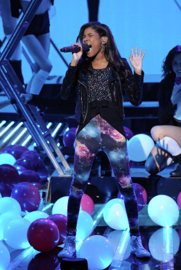 THE X FACTOR: TOP 8: Diamond White performs live on THE X FACTOR, Wednesday, November 28 (8:00-9:00 PM ET/PT) on FOX. CR: Ray Mickshaw / FOX. / 1