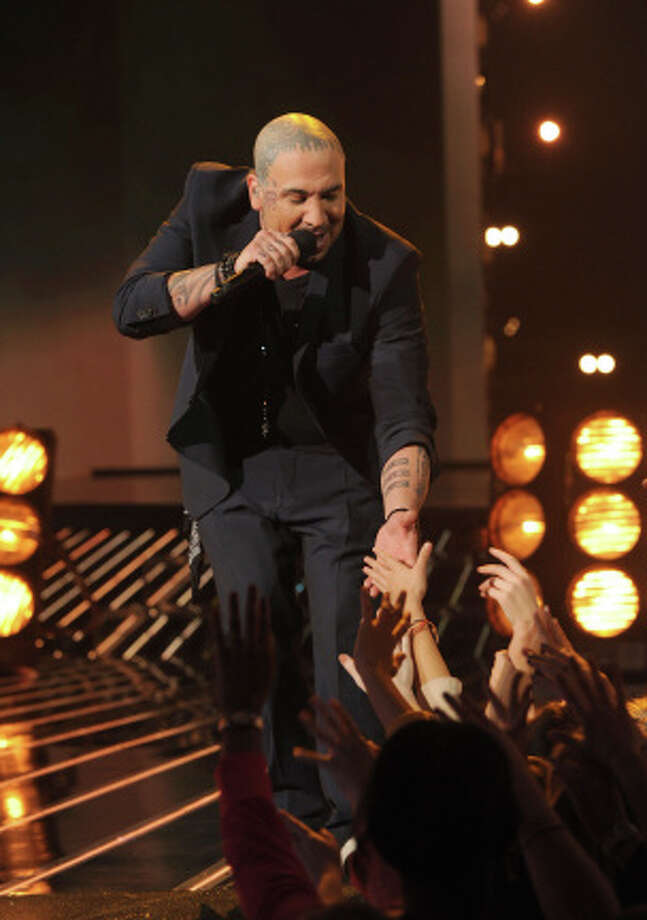 THE X FACTOR: TOP 8: Vino Alan performs live on THE X FACTOR, Wednesday, November 28 (8:00-9:00 PM ET/PT) on FOX. CR: Ray Mickshaw / FOX.