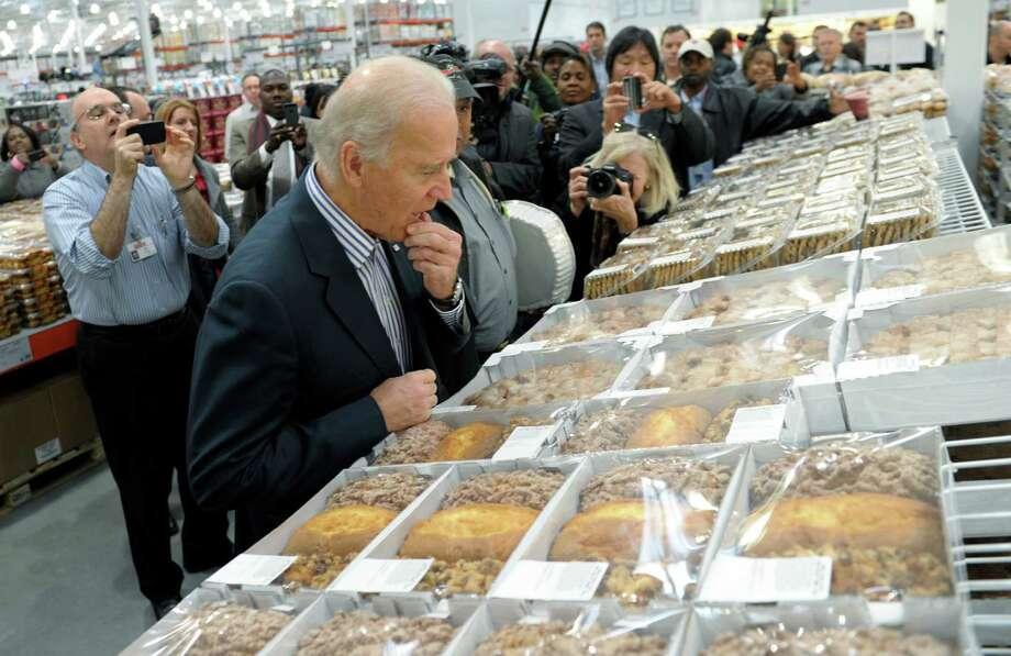 And you think Cabinet meetings are tough. Try picking out the right thing from the uber-bakery at Costco. (AP Photo/Susan Walsh) Photo: Ap/getty
